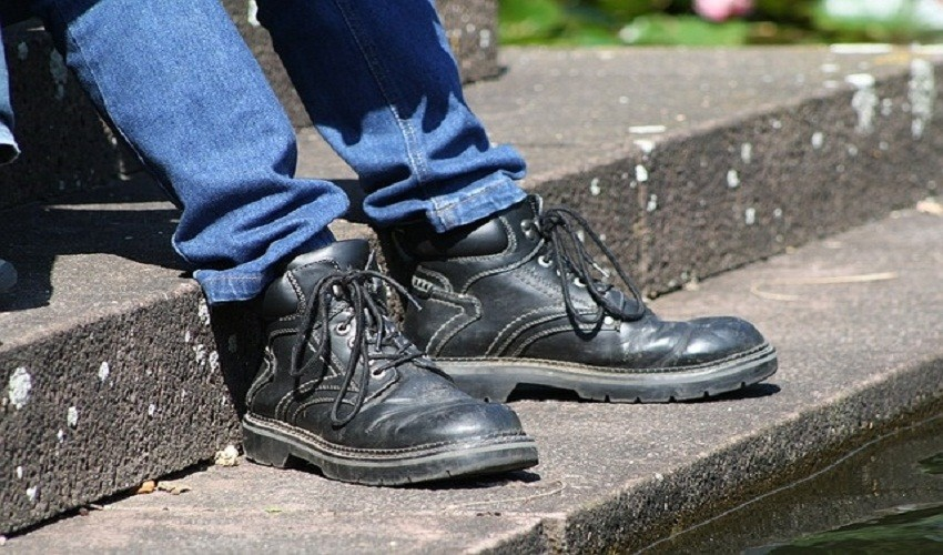 Best Steel Toe Work Boots For Standing On Concrete All Day