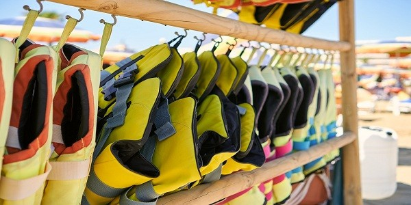 How To Choose a Life Jacket for Jet Ski