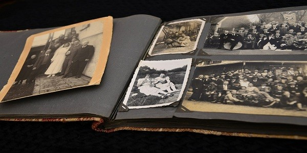 How To Preserve Old Photos In An Album