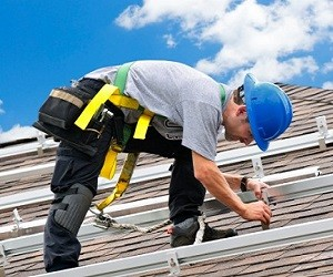Why Should You Wear Knee Pads For Roofing